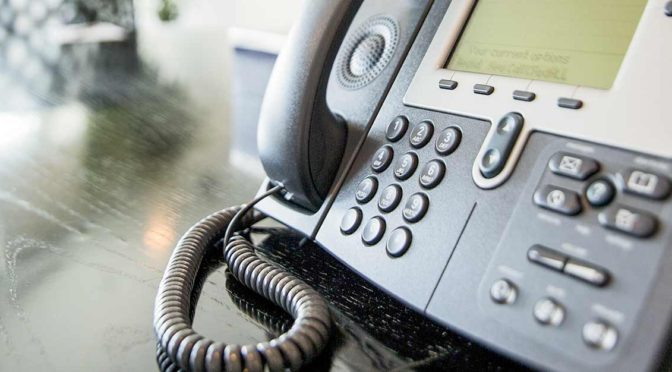 Hotel-IP-Telefonanlage-Pension-Zimmer-VoIP-Tourismus-Branche-IP-Cloud-Telefon-DNZ-Networks