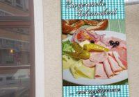 Visu-Visu-Werbeplane_Speise-Plane-Restaurants-PVC-Banner-Gastronomie-Ref.Bayrisch-Max-Emanuel-Eingang1