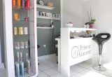 Schoenheits-Friseur-Salon-Fotografie3-Beauty-Branche-Nageldesign-Enthaarung-DNZ-Networks